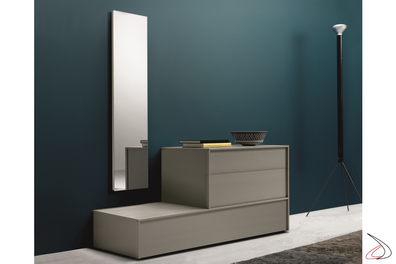 Chest of drawerswith 3 drawers