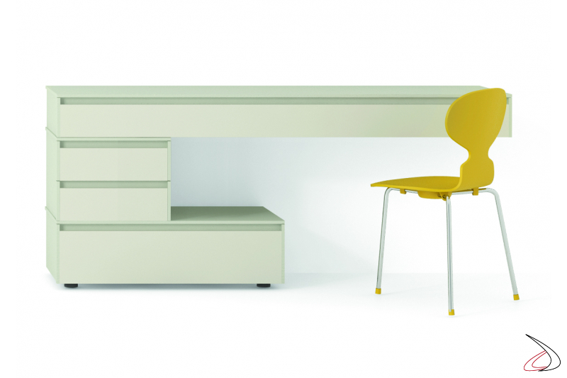 Chest of drawers that can be used as a desk
