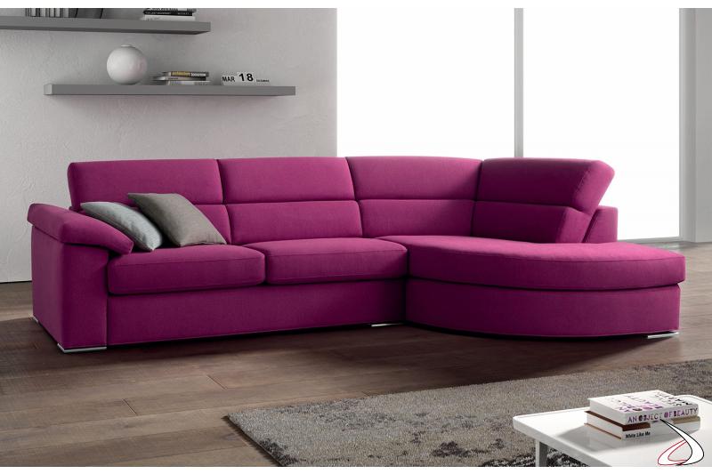 Divano colorato con chaise lounge Taki