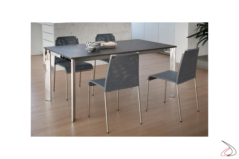 Sedia moderna impilabile in rete per tavolo cucina
