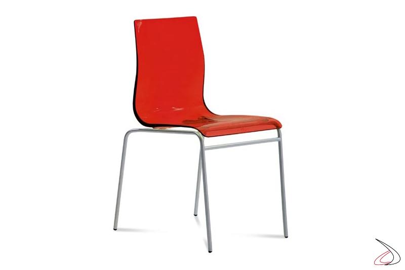Sedia rossa di design da soggiorno