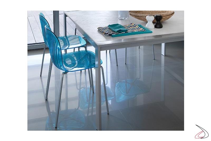 Sedia colorata per tavolo cucina