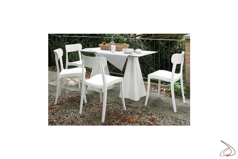 Sedia moderna bianca in policarbonato impilabile