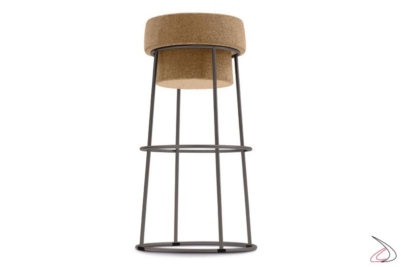 Sgabello design con seduta in sughero