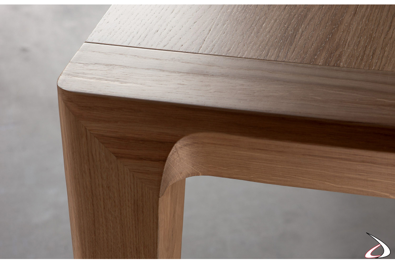 Wood leg with special workmanship