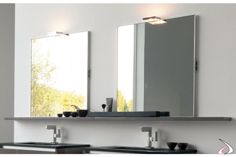 Specchi da bagno con mensole