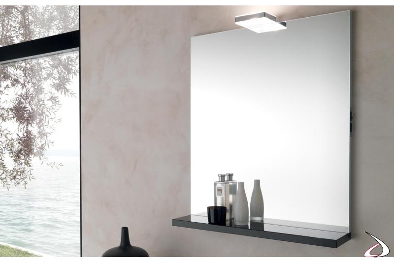 Specchiera moderna con mensola da bagno