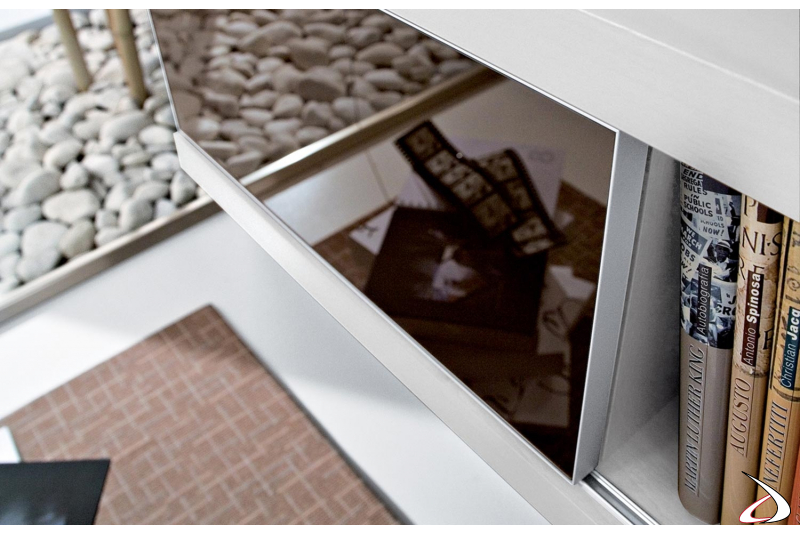 Consolle sospesa da ingresso con anta scorrevole in vetro moka