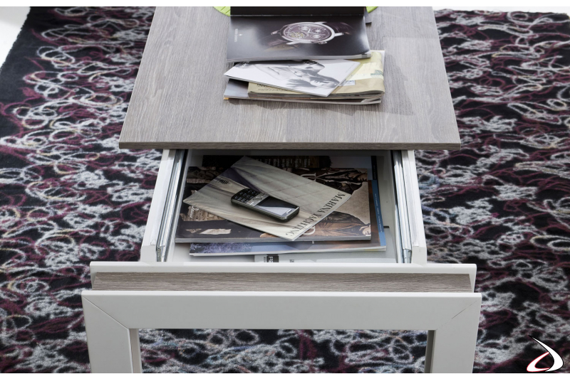 Tavolino moderno con piano scorrevole da soggiorno