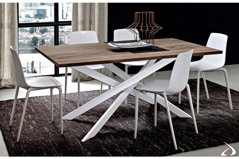 Tavolo  con piano in hpl noce vintage e basamento bianco