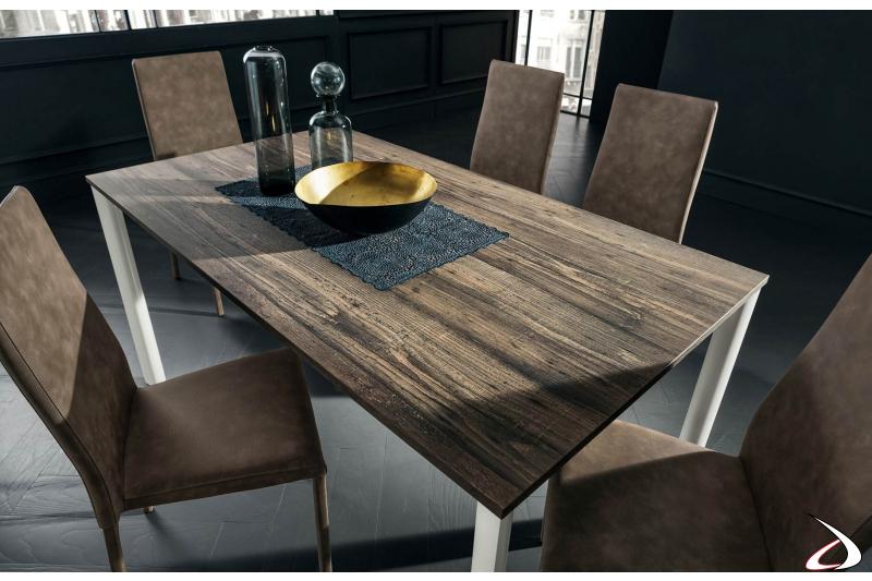 Tavolo moderno rettangolare allungabile con piano in hpl old wood
