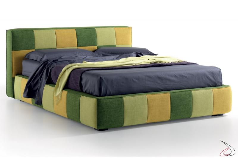 Letto king size con contenitore in tessuto multicolor