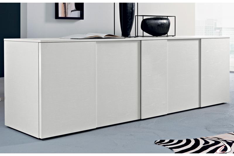 Madia design bianca in legno con ante