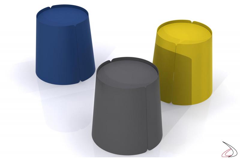 Tavolini in metallo colorati rotondi
