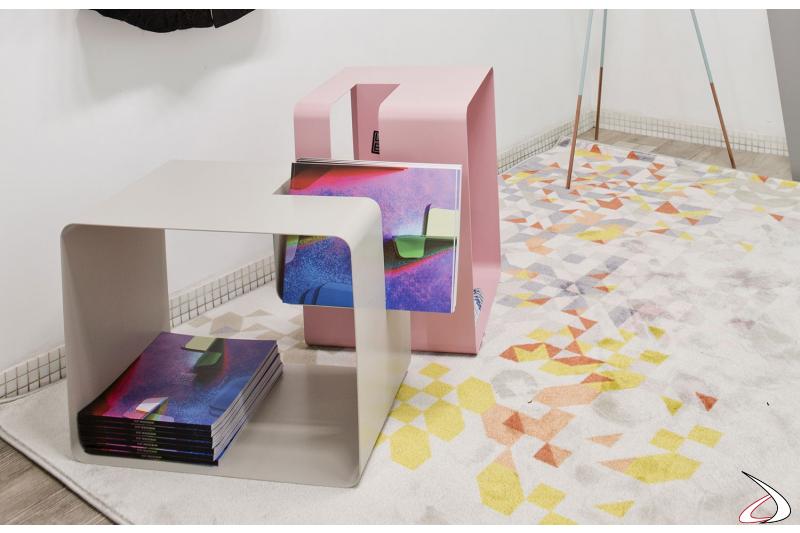 Portariviste in metallo da divano di design