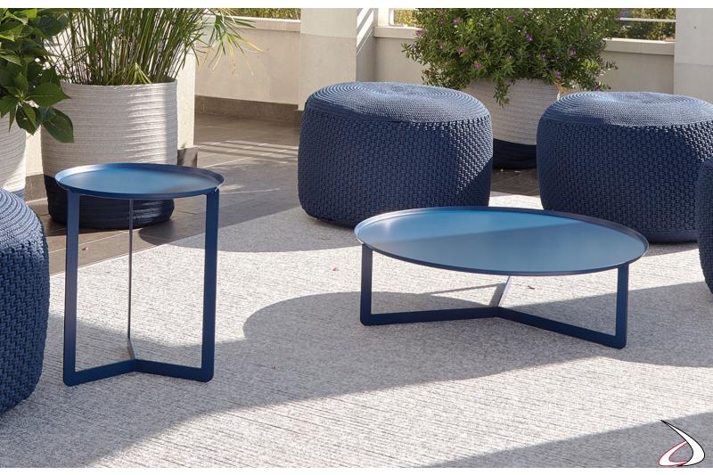 Tavolino rotondo da esterno in metallo colorato blu