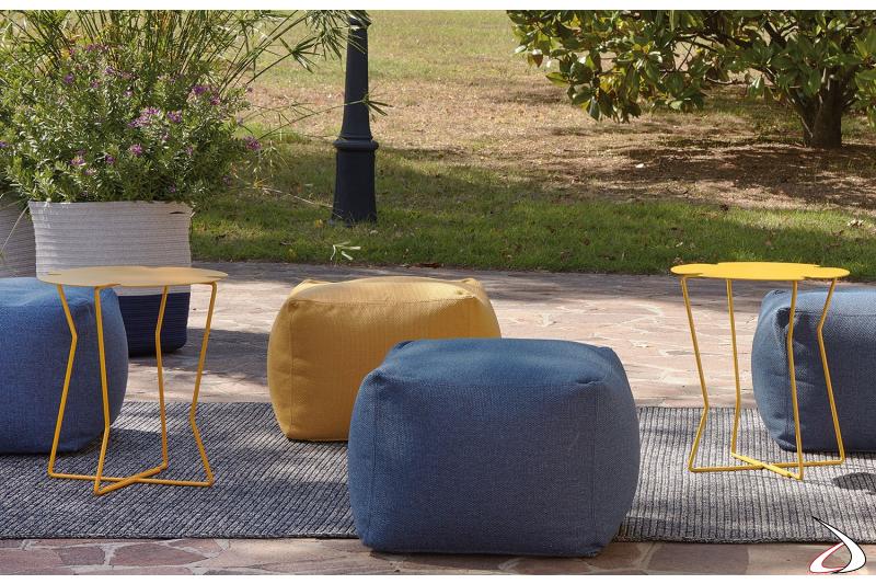 Tavolino da esterno di design in metallo zincato
