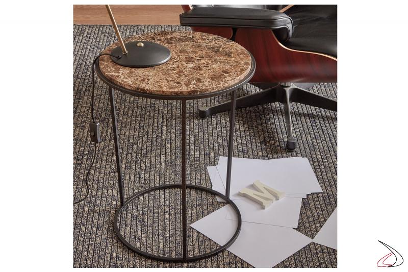 Tavolino da soggiorno rotondo in marmo marrone