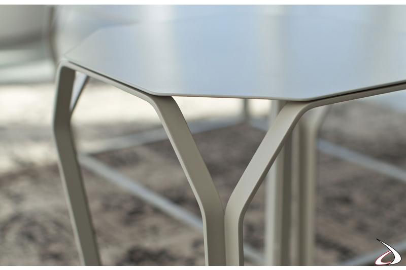 Tavolino da soggiorno in acciaio tortora