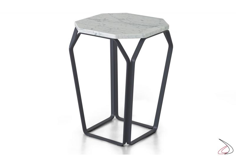 Tavolino moderno quadrato in metallo con piano in marmo bianco