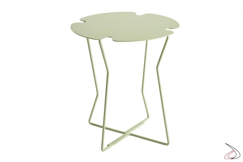 Tavolino design a forma di fiore in metallo colorato