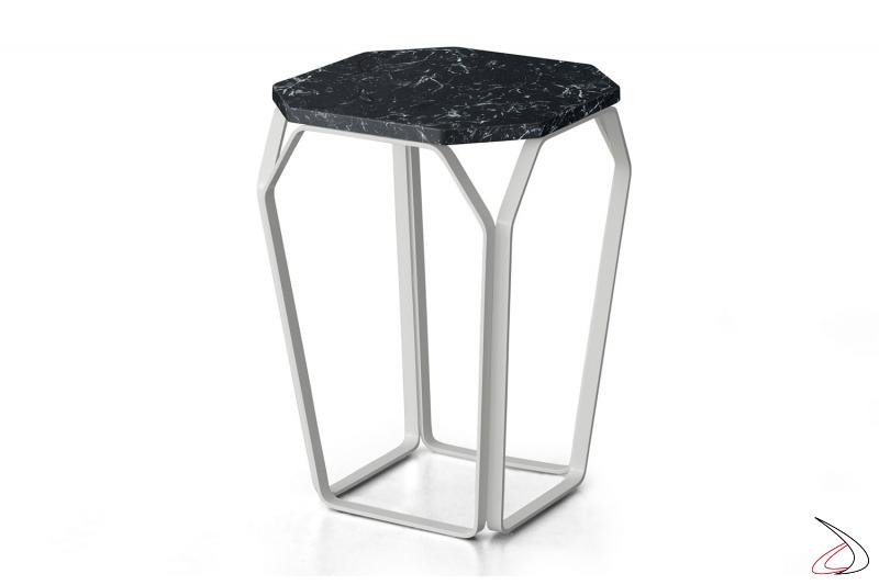 Tavolino di design alto quadrato con piano in marmo nero