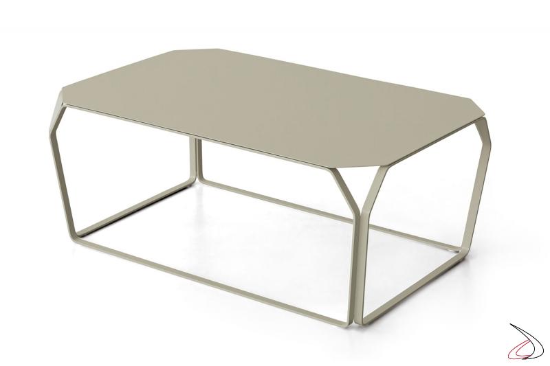 Tavolino rettangolare basso in acciaio verniciato