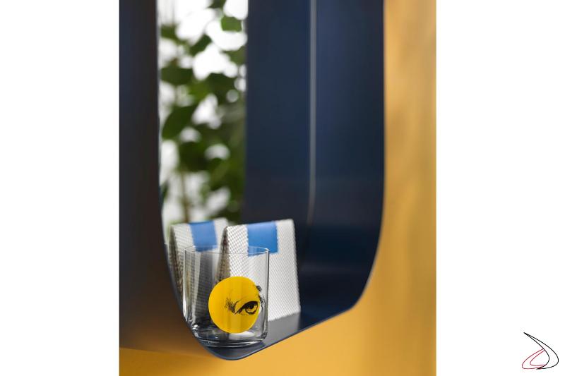 Dettaglio portaoggetti specchiera Diletta