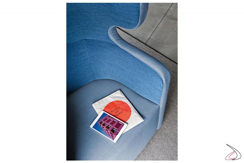 Divano imbottito bicolore di design per sale attesa open space