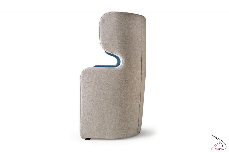 Poltrona di design per sala attesa bicolore con schienale alto per privacy