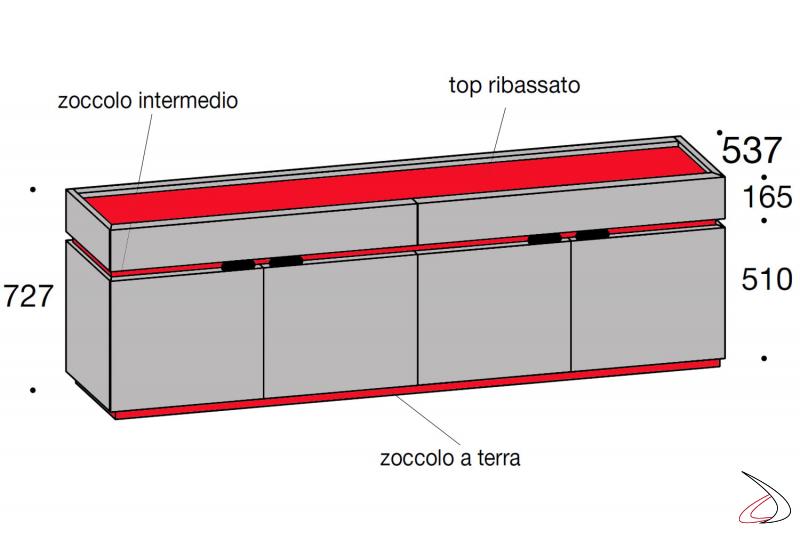 Dettaglio madia design in legno con ante e cassetti