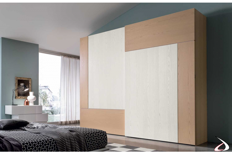 Armadio Design Camera Da Letto.Spacious Wardrobe With Two Lucas Sliding Doors Toparredi