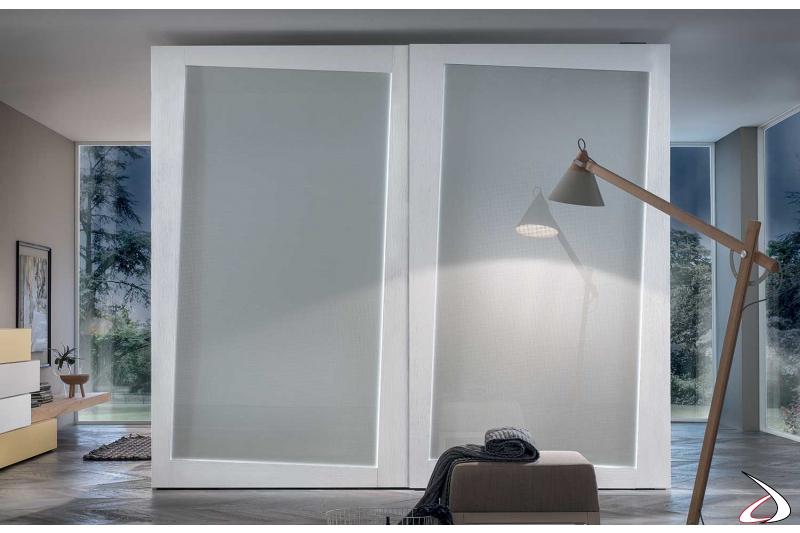 Armadio di design 2 ante scorrevole in vetro con cornice in legno frassino bianco