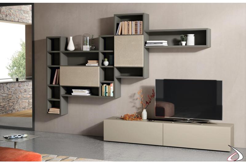 Soggiorno moderno in legno con libreria componibile con ante in cemento