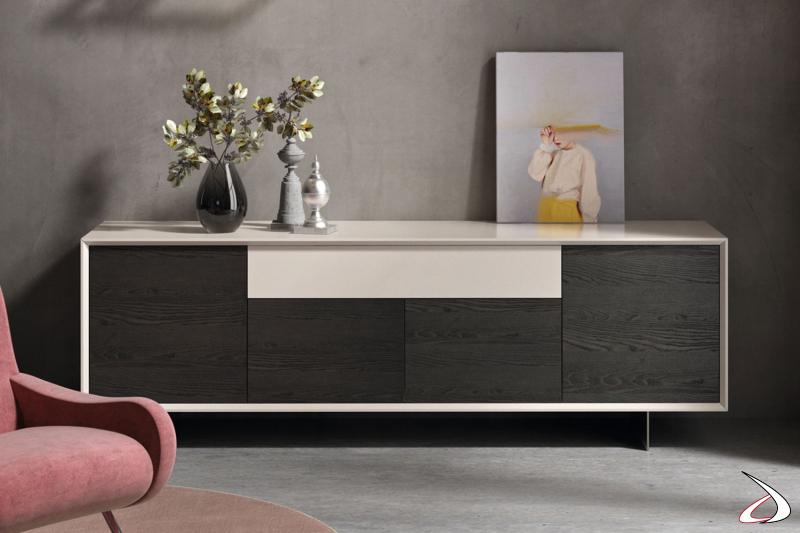 Madia moderna bassa da soggiorno in legno massello di frassino e laccato opaco