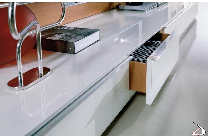 Soggiorno moderno componibile con cassetti