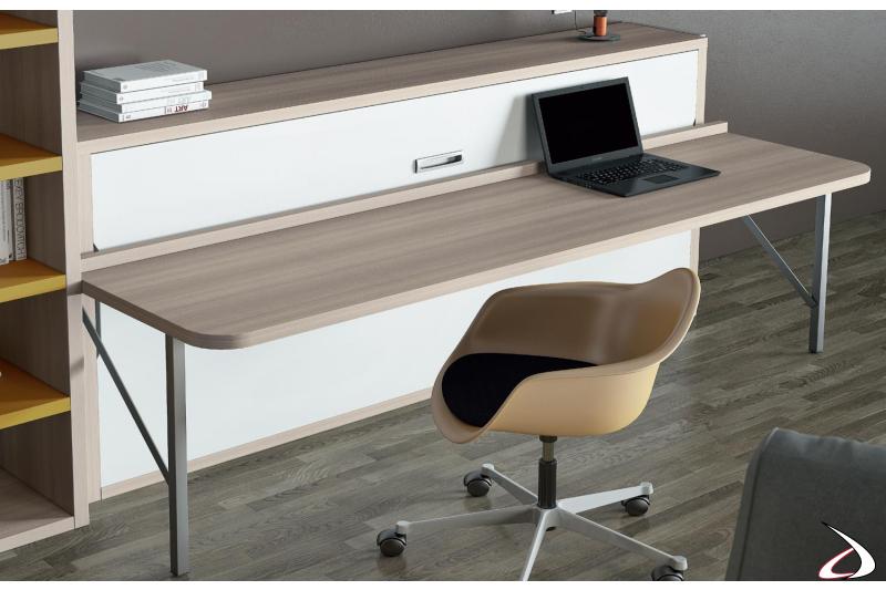 Letto trasformabile salva spazio con piano scrivania sollevabile