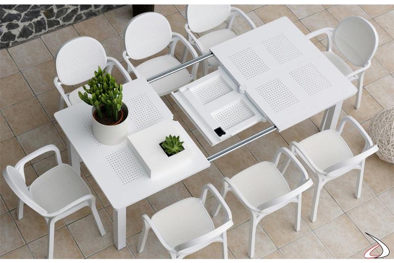 Tavolo di design da arredo esterno con allunga centrale