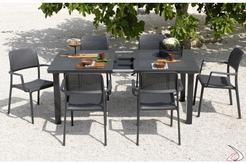 Tavolo moderno da giardino allungabile