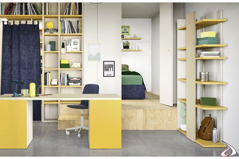 Libreria moderna colorata per camera ragazzi
