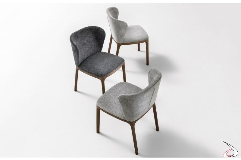 Sedie soggiorno imbottite con gambe in legno