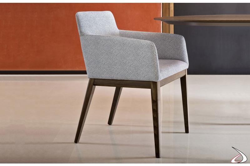 Sedia poltrona moderna con braccioli da soggiorno