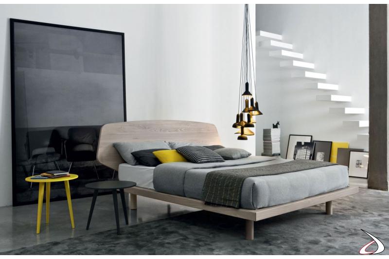 Tavolino moderno per camera da letto in legno