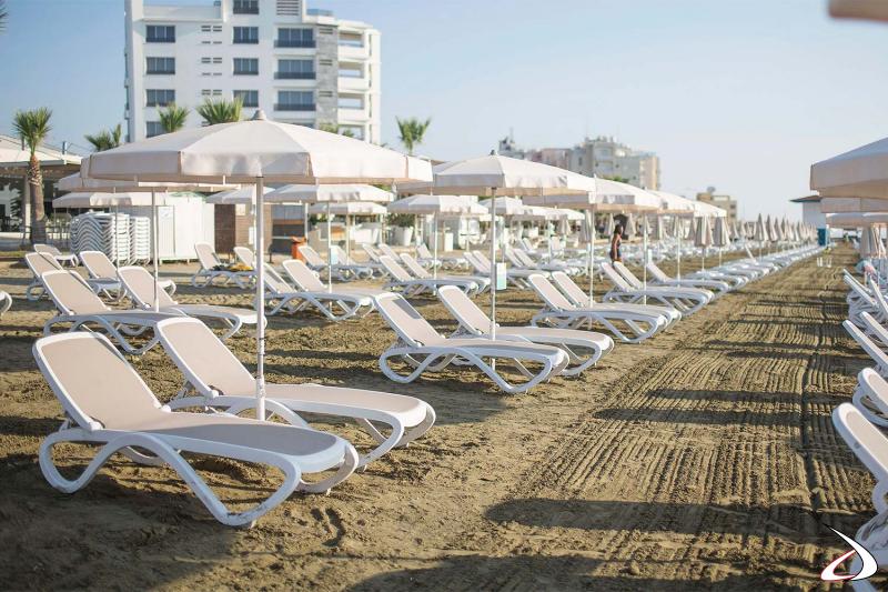 Lettino Omega per la spiaggia