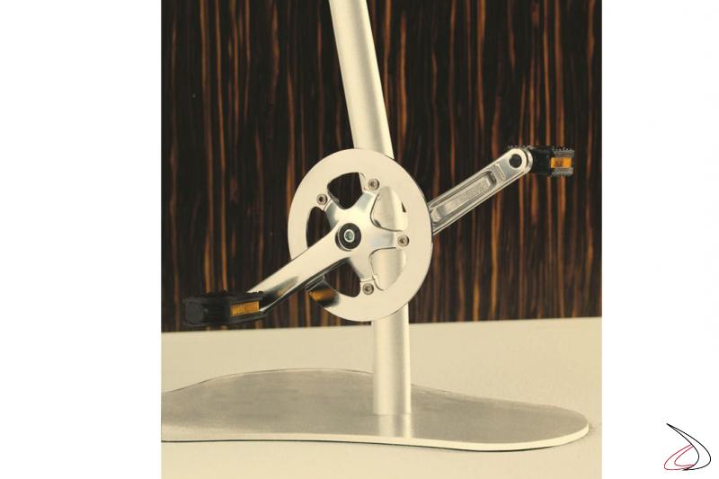 Particolare del pedale classico per la versione Pedalò.