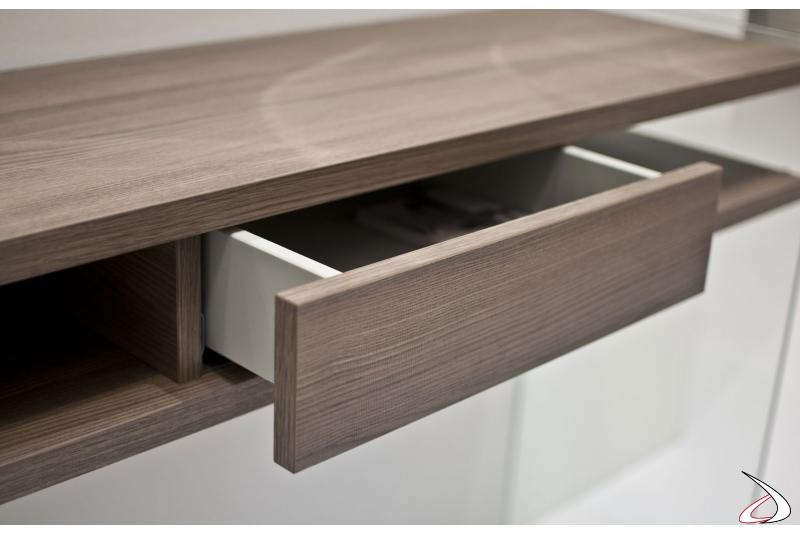 Consolle moderna in legno con cassetto portachiavi
