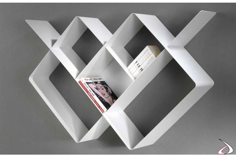Libreria bianca in metallo di design sospesa a parete