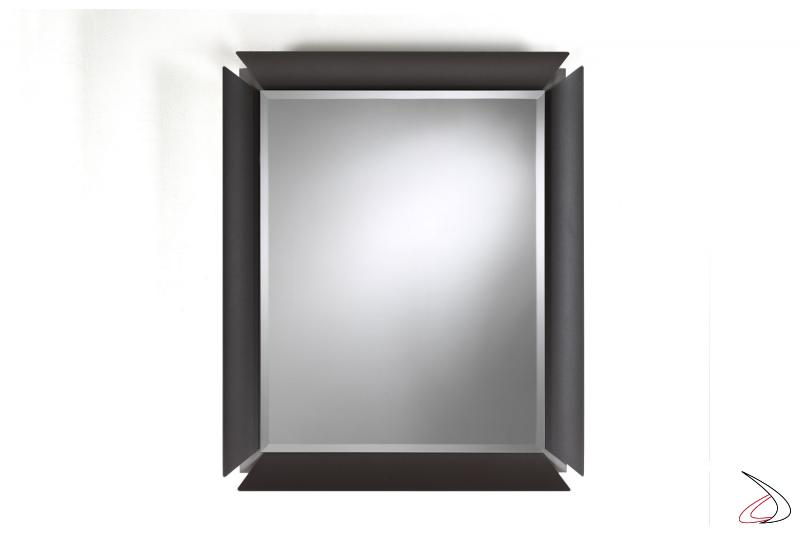 Specchio moderno a muro con cornice colorata