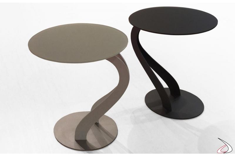 Tavolini moderni da salotto colorati in vetro