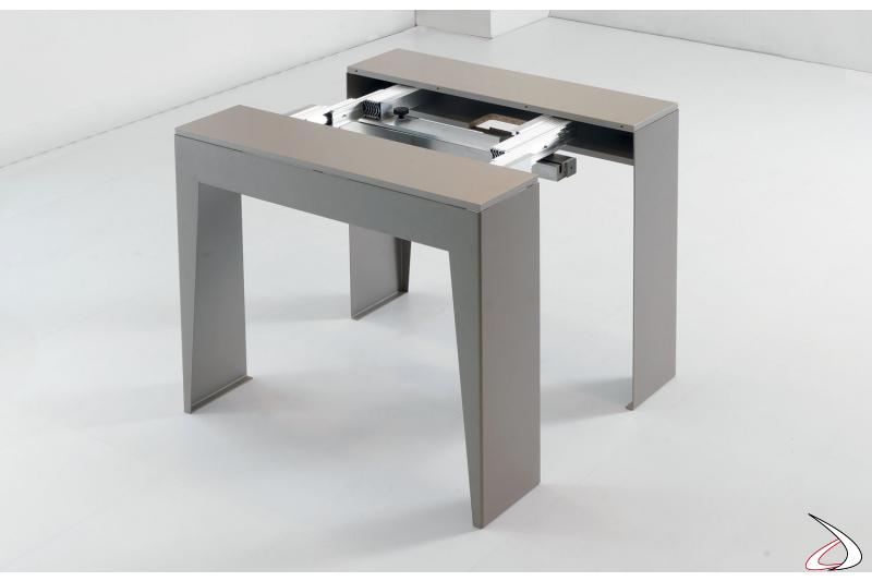 Tavolo consolle allungabile semiaperta